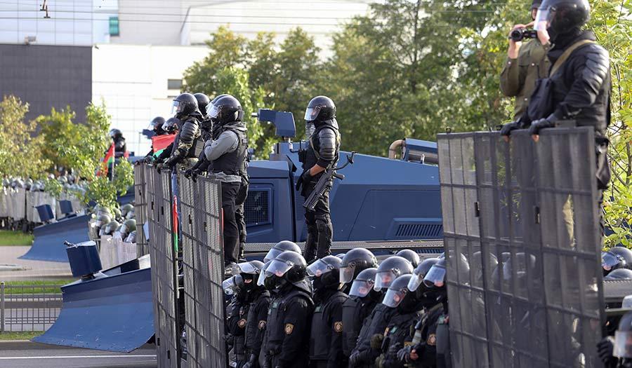 Belarus_Riot_Police-apha-200918.jpg