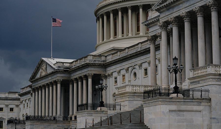 Capitol_Flag_Greyclouds-apha-200908.jpg