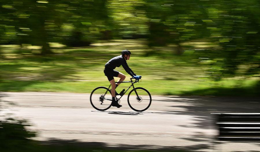 Cyclist_Park_Britain-apha-200925.jpg