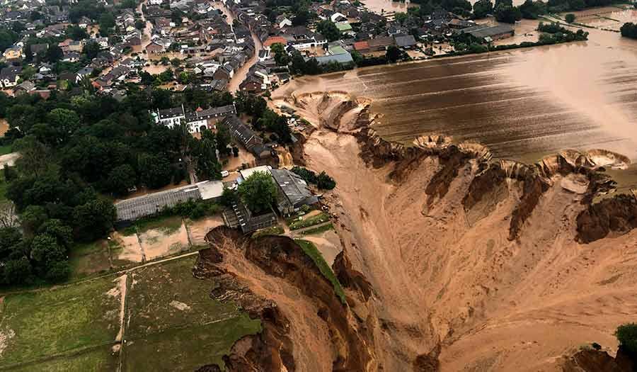Europe_Floods_Mudslide-apha-210716.jpg