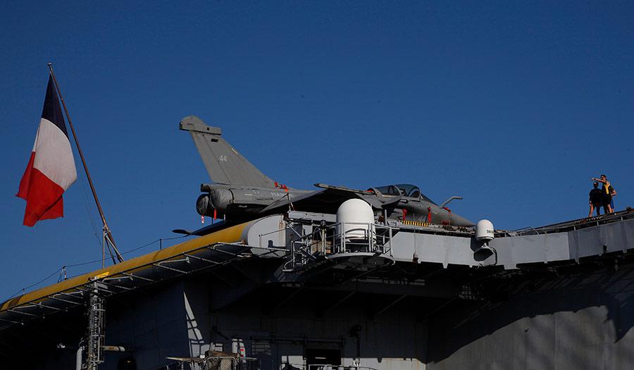 French_Carrier_Warplane-apha-210511.jpg