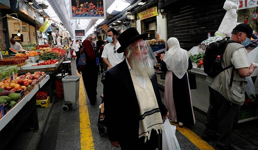 Jerusalem_Market_Masks-apha-200915.jpg