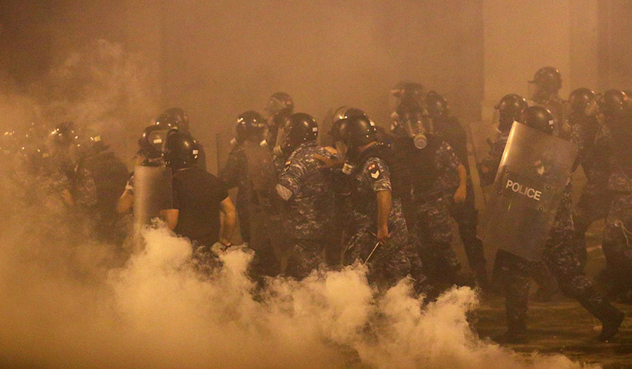Lebanon_Blast_Riots-apha-200810.jpg