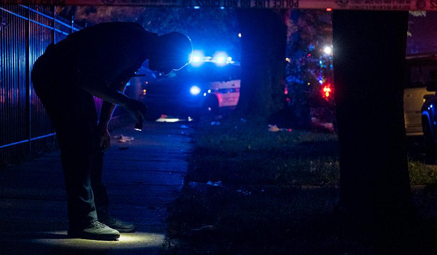 Police_Investigate_Scene-apha-200709.jpg