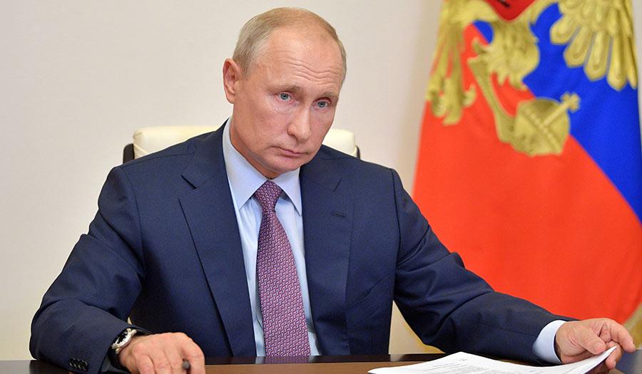 Putin_Law_Kremlin-apha-210407.jpg