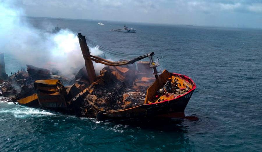 Sri_Lanka_Ship-apha-210604.jpg