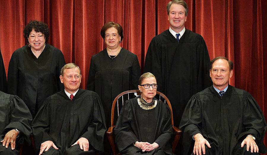 Supreme_Court_Ginsberg-apha-200921.jpg