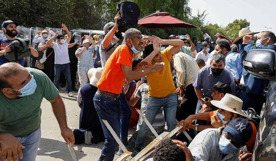 Tunisia_Political_Turmoil-apha-210726.jpg
