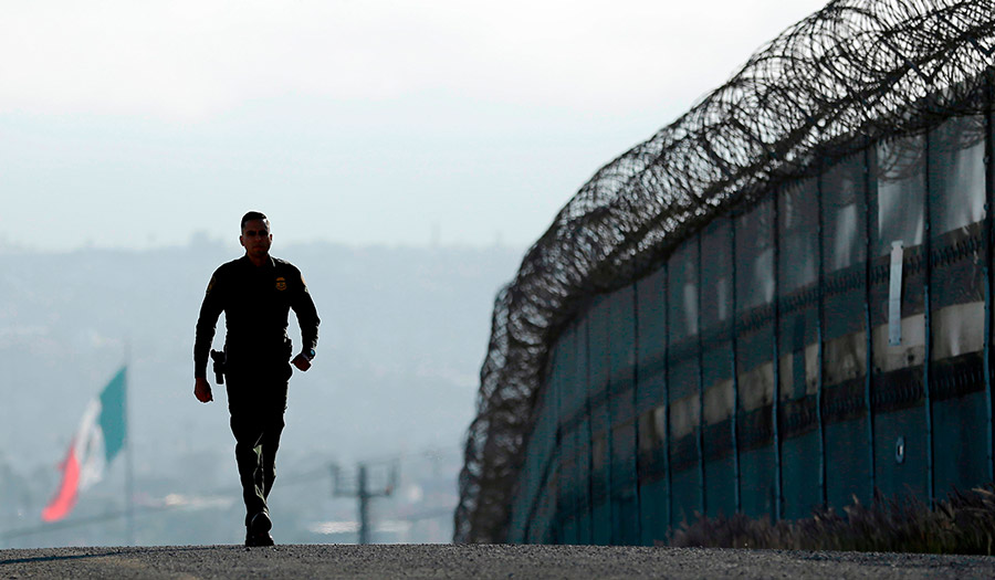 border_patrol_tijuana-apha-180413.jpg