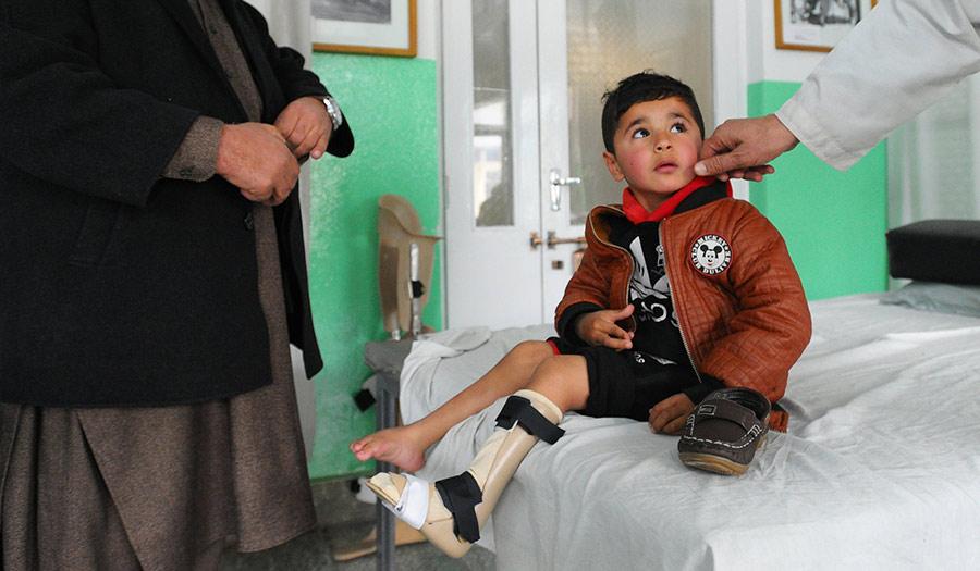 boy_ied_afghanistan-apha-180215.jpg