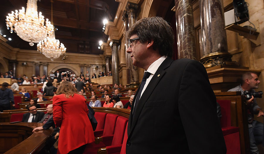 catalan_president_parliament-apha-171013.jpg