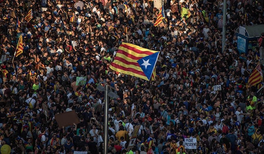 catalonia_protest-apha-171006.jpg