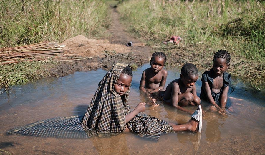 children2_mozambique_idai-apha-190326.jpg