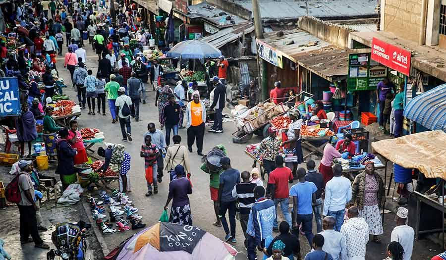 crowded_nairobi_kenya-apha-200327.jpg