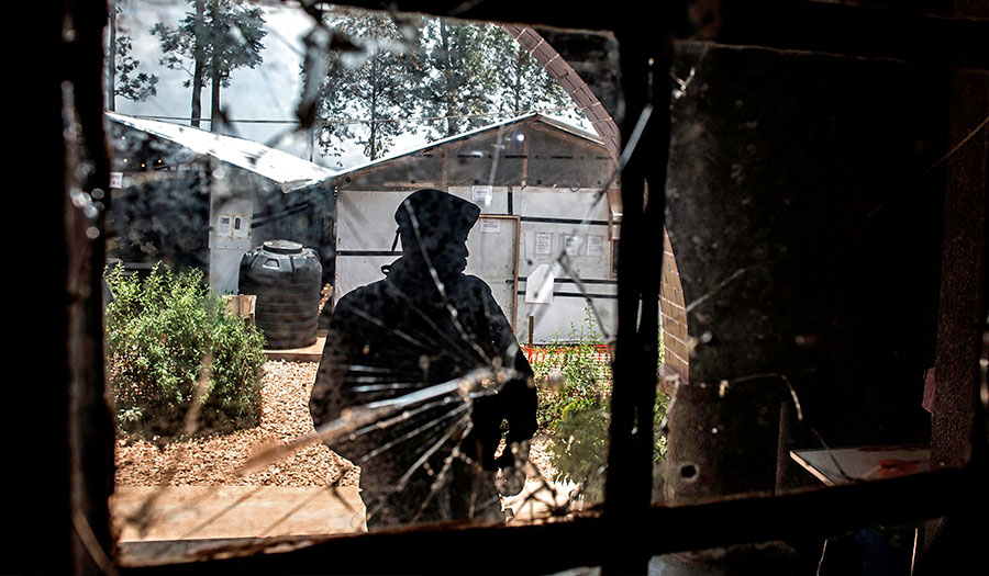 ebola_centre_attack-apha-190314.jpg