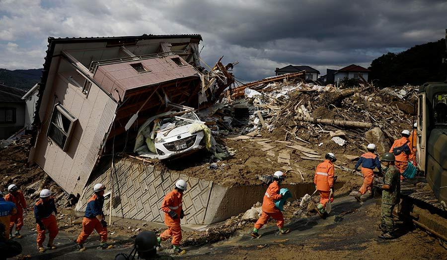 flooding_rescue_westernjapan-apha-180710.jpg