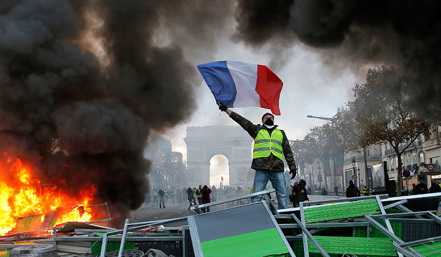 france_fueltax_demonstration-apha-181207.jpg