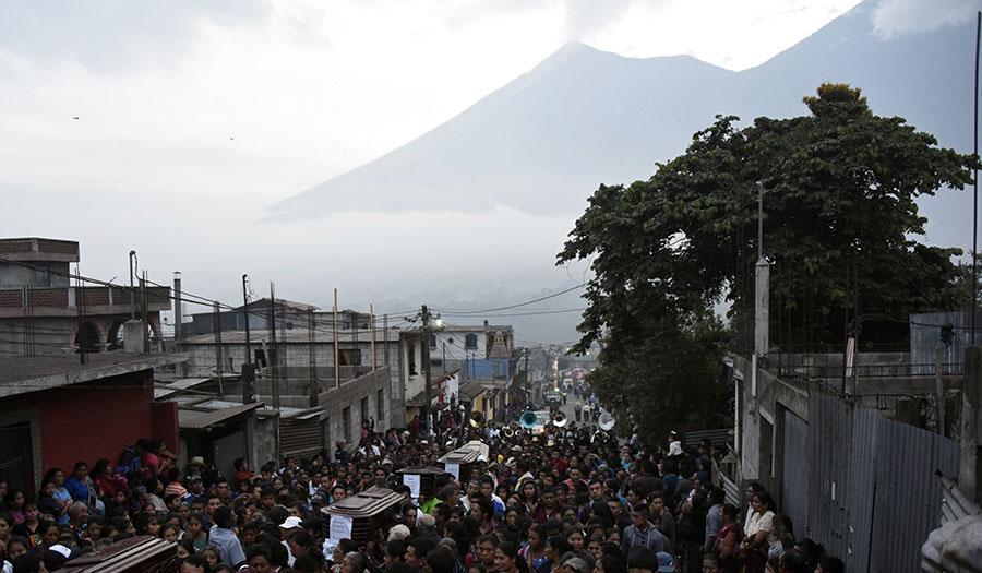 guatemala_volcano-apha-180607.jpg