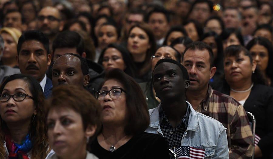 immigration_naturalization_ceremony-apha-171016.jpg