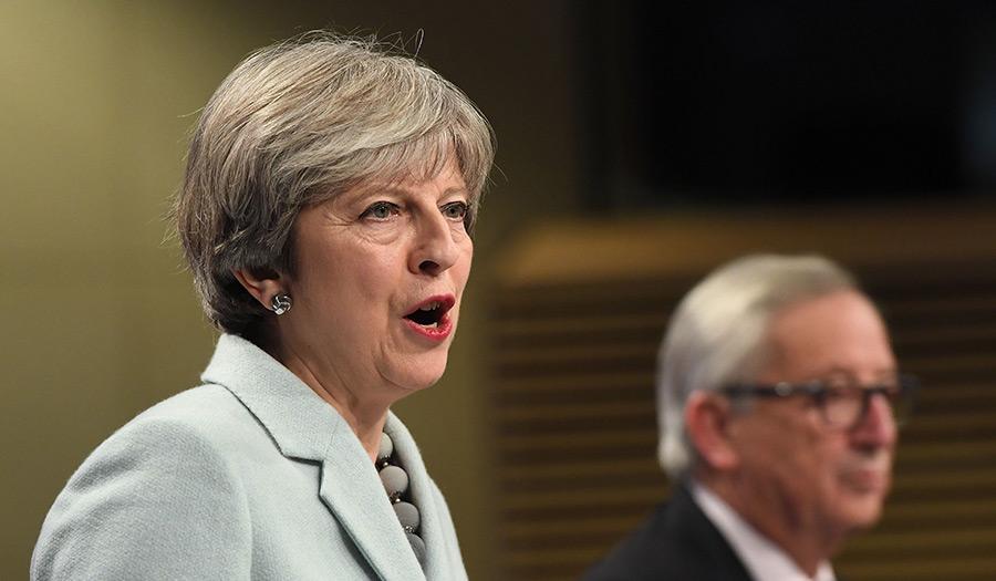may_juncker_brexitdeal-apha-171208.jpg