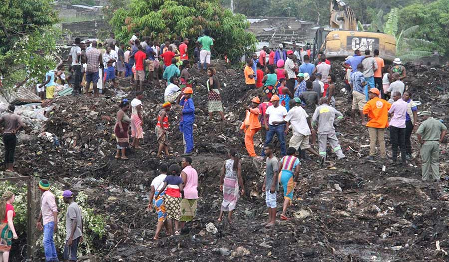 mozambique_garbage_collapse-apha-180220.jpg