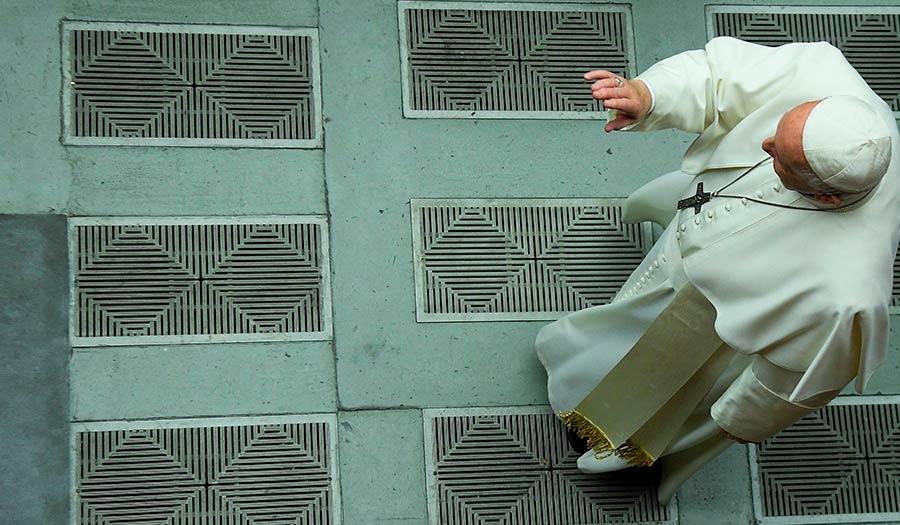 pope_francis_bergoglio-apha-200221.jpg