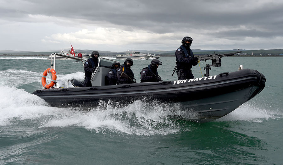 tunisian_naval_forces-apha-171102.jpg