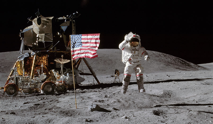 young_lunarlanding_1972-apha-190702.jpg